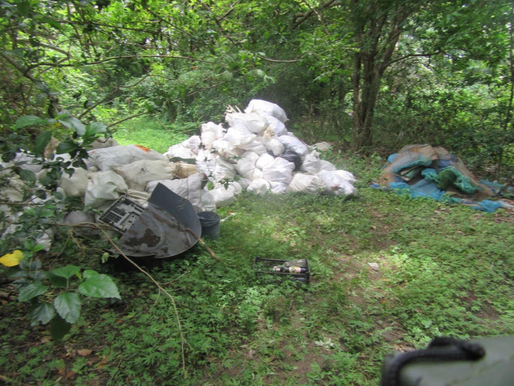Garbage before removal in Sámara, Costa Rica